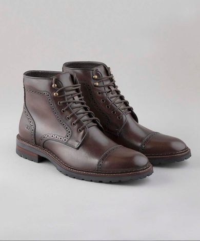 bota-garage-clint-143108-003-democrata1