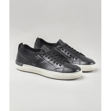 tenis-denim-hold-240101-001-democrata1
